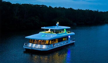 sydney boat hire - Seven Star